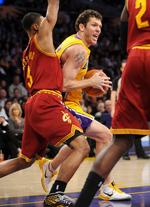 DS12-LAKERS-5AH