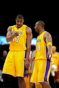 DS12-LAKERS-7AH