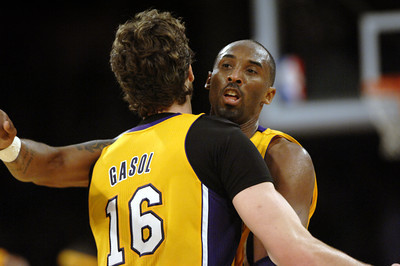 DS07-LAKERS-MB