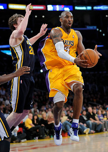 DS28-LAKERS-1AH
