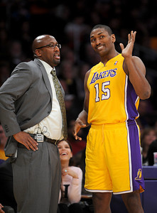 DS28-LAKERS-14AH