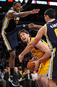 DS28-LAKERS-12AH