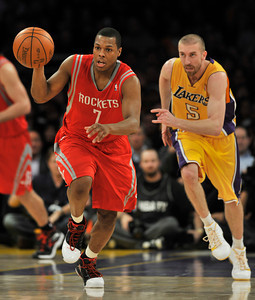 The Lakers defeated the Houston Rockets 114 to 106 in a game played at Staples Center in Los Angeles, CA. 2-1-2011. (John McCoy/staff photographer)
