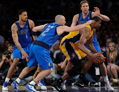 The Lakers  were defeated 93-81 by the Dallas Mavericks in game 2 of the playoffs. Los Angeles, CA 5-4-2011. (John McCoy/staff photographer)