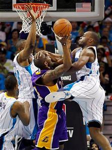 Lakers Hornets Basketball