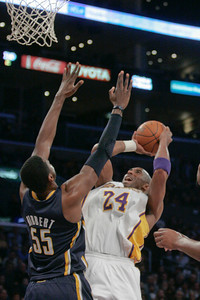 DS23-LAKERS-DC