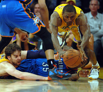 DS30-LAKERS-THUNDER-MB