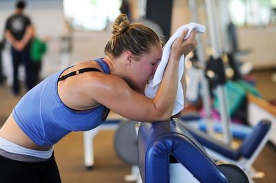 Ronda Rousey conditions at Results Studio in Studio City, CA. (Hans Gutknecht/Staff Photographer)