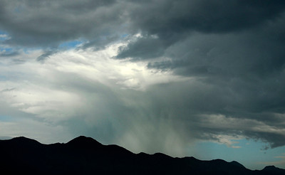 Monsoon rain cells make their way over the south land areas in the late afternoon in Sunland. July 10,2010.  Photo by Gene Blevins/LA Daily News