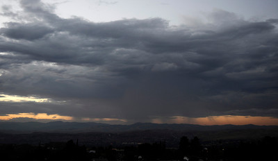 Monsoon rain cells make their way over the south land areas in the late afternoon in Santa Clarita. July 10,2010.  Photo by Gene Blevins/LA Daily News