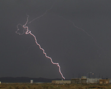 Lightning strikes across the skies from monsoon storms passing through the southland areas today. Rosamond CA. Sept 10,2011.  Photo by Gene Blevins/LA DailyNews