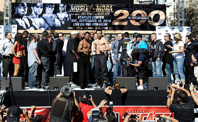 (L) Sugar Shane Mosley weighed in at 154 pounds as he poses with  Sergio Mora who weighed in at 157 pounds, the fight will be live on HBO-PPV Saturday night at Staples Center in Los Angeles CA.  Sept 17,2010. Photo by Gene Blevins/LA Daily News