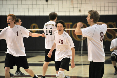 Oak Park defeated Oaks Christian in a boys volleyball match 3 games to 2. Westlake Village CA 4-12-2011. (John McCoy/staff photographer)