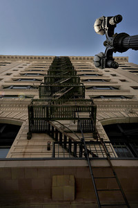The Alexandria Hotel on 4th and Spring Streets is one of the un-reinforced masonry buildings in Los Angeles that would not withstand the kind of earthquake that was felt last month in Japan. Los Angeles, CA 4-8-2011. (John McCoy/staff photographer)
