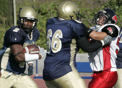 West Los Angeles' Trason Bragg gains yardage during the second half on Saturday, Oct. 13, 2007 against Pierce College. (Edna T. Simpson)