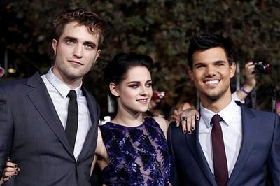 Premiere - Twilight Breaking Dawn Part 1