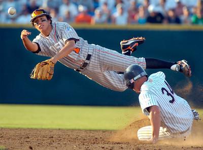APTOPIX CWS Oregon St Cal St Fullerton Baseball