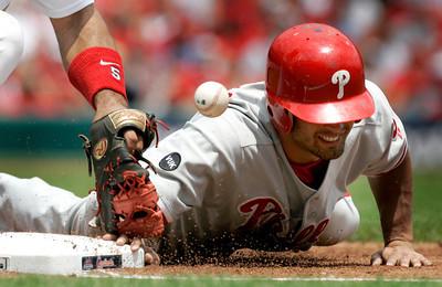 APTOPIX Phillies Cardinals Baseball