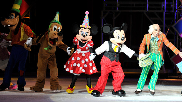 """The Staples Center is featuring Disney on Ice's new skating show, """"Let's Celebrate."""" It features 50 of Disney's most beloved characters, including Mickey and Minnie Mouse. Los Angeles, CA 12-15-2010. (John McCoy/staff photographer)"""