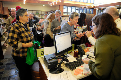 People wait in line to get library cards during opening day for the new County of Los Angeles Topanga Library at 122 N. Topanga Canyon Blvd. in Topanga. (Hans Gutknecht/Staff Photographer)