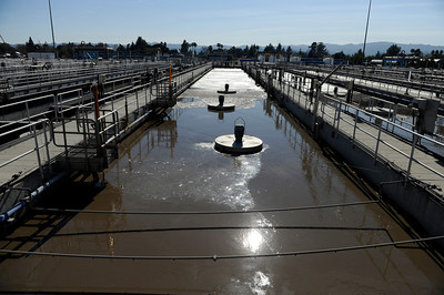 A secondary treatment tank at the Tillman Water Reclamation Plant in Van Nuys. (Hans Gutknecht/Staff Photographer)