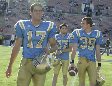 UCLA's Aaron Perez #17,  Jimmy Rotstein#37 and Danny Rees #39 walks off the field during the pregame warmups on Saturday, Oct. 6, 2007 at Rose Bowl. (Edna T. Simpson)
