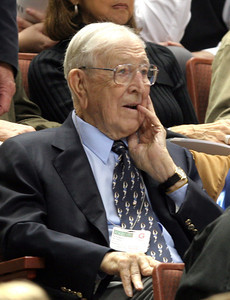 12-05-05 John Wooden during the Wooden Classic. John Wooden sits in the audience during the game on Sunday.  UCLA vs Boston College (Daily News File Photo)