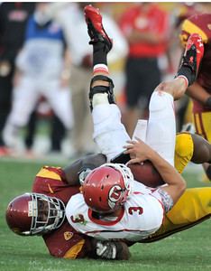 USC #98 Dajohn Harris sacks Utes QB Jordan Wynn in the 3rd quarter. USC defeated the Utah Utes 23 to 14 in a game played at the Coliseum in Los Angeles CA. 9-10-2011. (John McCoy/Staff Photographer)