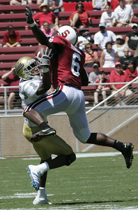 Ucla Brandon Breazell grabs in a ball for a touchdown during the first quarter of the victory game on Saturday, September 1st, 2007 at Stanford Stadium (Edna T. Simpson)