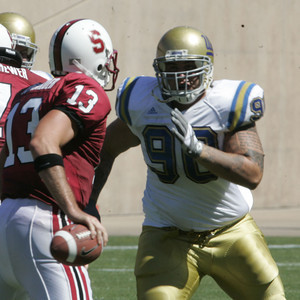 Ucla Jerzy Siewierski looks to tackle Stanford T.C. Ostrander during the game on Saturday, September 1st, 2007. (Edna T. Simpson)