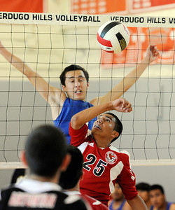 Verdugo Hills vs Poly' boys volleyball at Verdugo Hills High School in Tujunga Monday, April 9, 2012. (Hans Gutknecht/Staff Phpher)