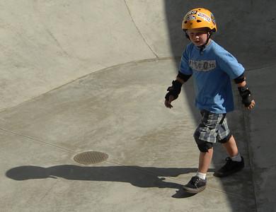 Kids ride the concrete waves at the Verdugo Skate Park in Glendale,CA 9/29/2010 (John McCoy/staff photographer)