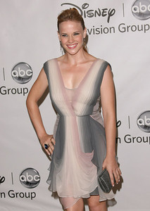 """Katie Leclerc wears a Baccarat large """"Psydelic"""" ring in blue scarabeering to the 2011 Teen Choice Awards at the Gibson Amphitheatre on Aug. 7, 2011."""