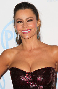 Actress Sofia Vergara wears Amrapali 14K gold diamond earrings to the Producers Guild Awards at the Beverly Hilton Hotel on Jan. 21, 2012.