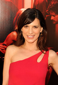 """Actress Perrey Reeves wears Victor Velyan drop earrings with white sapphires to the premiere of """"True Blood"""" Season 4 at ArcLight Cinemas Cinerama Dome on June 21, 2011."""