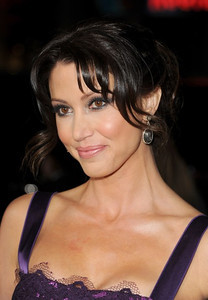 """Actress Shannon Elizabeth wears Sethi Couture 18K dare opaque diamond drop earrings with white diamond border to the premiere of """"American Reunion"""" at Grauman's Chinese Theatre on March 19, 2012."""