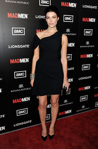 """Actress Jessica Pare wears Amrapali 14K gold and diamond earrings and assorted Amrapali oxidized gold diamond bangles to the premiere of """"Mad Men"""" Season 5 at ArcLight Cinemas Hollywood on March 14, 2012."""