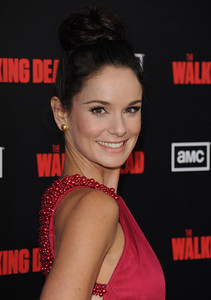 """Actress Sarah Wayne Callies wears Amrapali 18K gold button earrings to the season premiere of her show, """"The Walking Dead,"""" at L.A. LIVE on Oct. 3, 2011."""