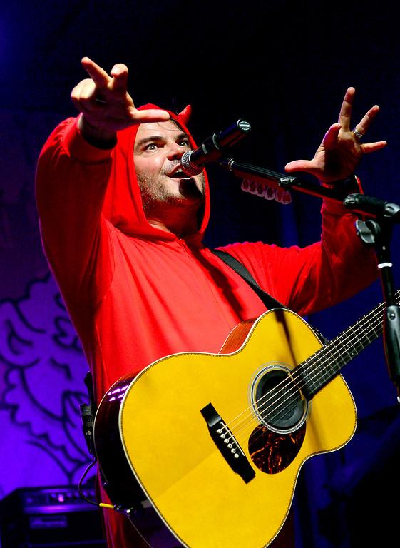 . Tenacious D\'s Jack Black performs at Festival Supreme. (Photo by Michael Owen Baker/Los Angeles Daily News)