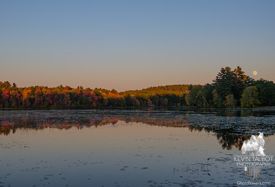 Hard to capture the beauty here on the Powow this evening with one shot... October 14, 2016.