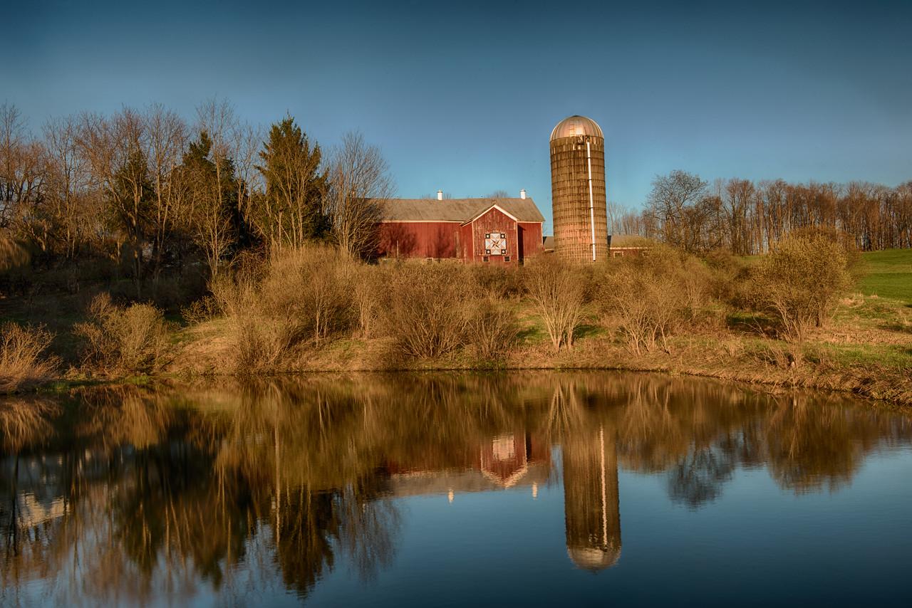 April 25 - Columbus Barn Quilt