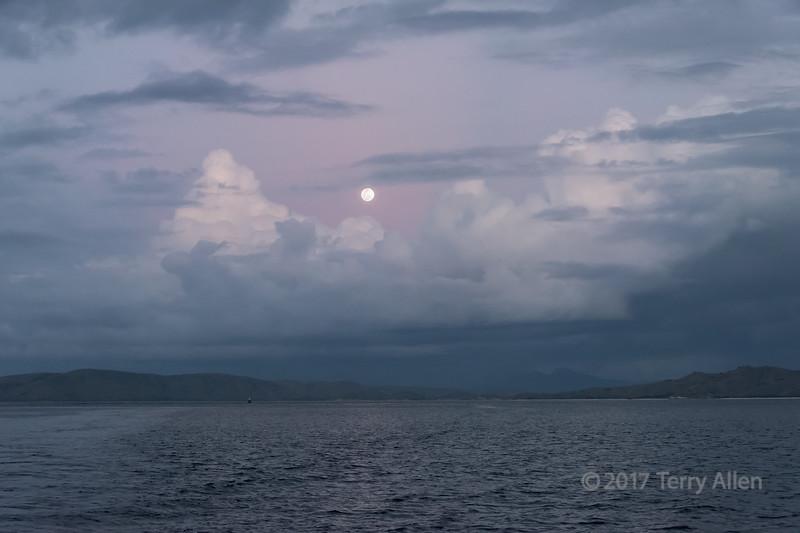 Full moon pre-dawn