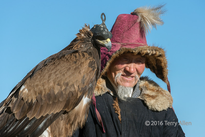 """A special bond<br /> <br /> Portrait of an eagle hunter and his eagle 1, Western Mongolia<br /> <br /> Other photos of the interesting tribal peoples of Western Mongolia can be seen here: <a href=""""http://goo.gl/tnV7Pb"""">http://goo.gl/tnV7Pb</a><br /> <br /> 28/04/15  <a href=""""http://www.alllenfotowild.com"""">http://www.alllenfotowild.com</a>"""