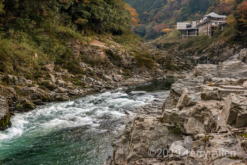 Fall in the Oboke Gorge