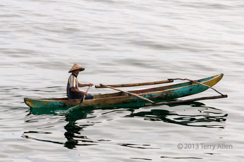 """Dugout canoe, Bayur Bay, Padang, West Sumatra<br /> <br /> Bayur Bay (called Emmahaven during the time of the Dutch administration), is the major harbour and port of West Sumatra<br /> <br /> For more photos of the harbour see here: <a href=""""http://goo.gl/lZBo3c"""">http://goo.gl/lZBo3c</a>"""