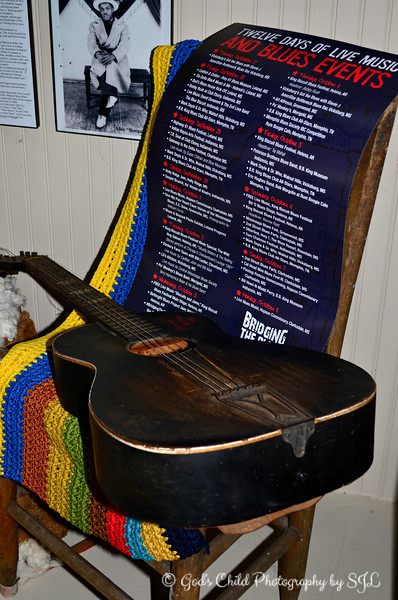"""GUITAR AUTOGRAPHED BY NORMAN JACKSON"""