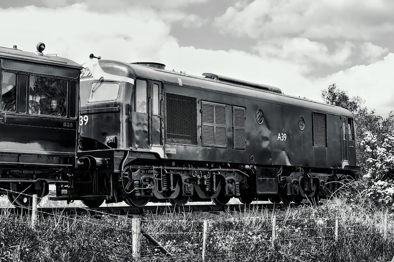 A39 pulls away from King Magnus Halt, heading for Downpatrick, during the 2010 Viking Specials.