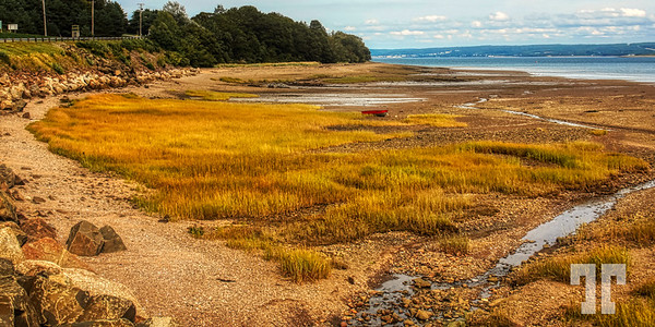 Low tide Bay of Fundy - Digby, Nova Scotia