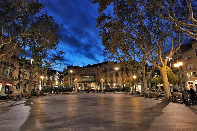A gorgeous night on La Rambla, the main plaza n Figueres, Spain