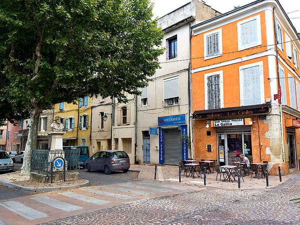 Typical street scene in Cavaillon, France, gateway to the Luberon region